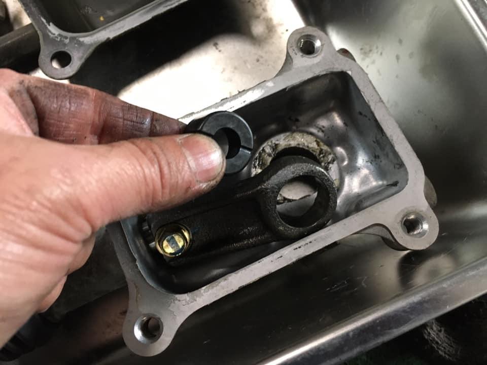 シフトレバーのガタつき修理_200204_0022